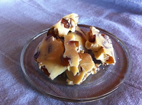 Weisse Schokolaaade - roh, vegan, ohne Zucker!