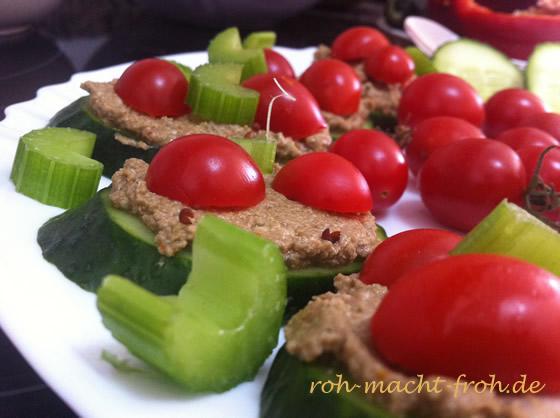 Gurken-Sandwiches mit Paté