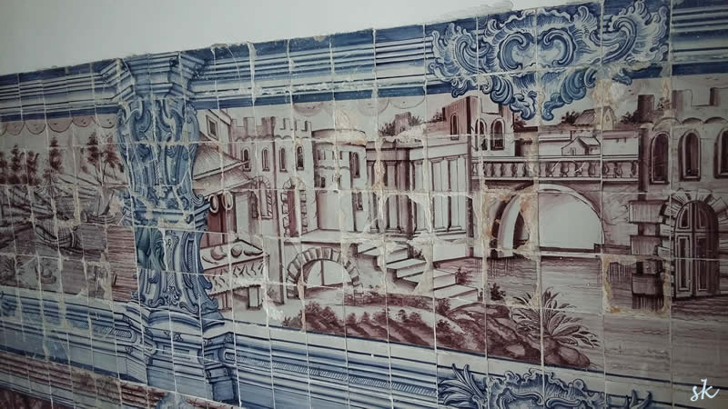 Wandbild, aus Kacheln