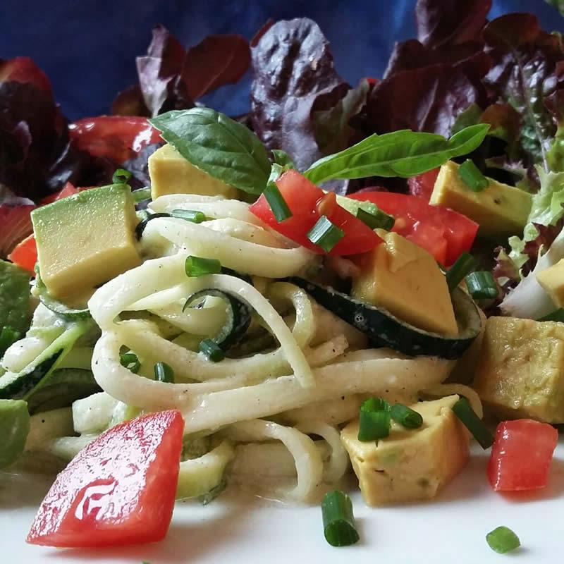 Spaghetti Zoodles Keto Roh Vegan