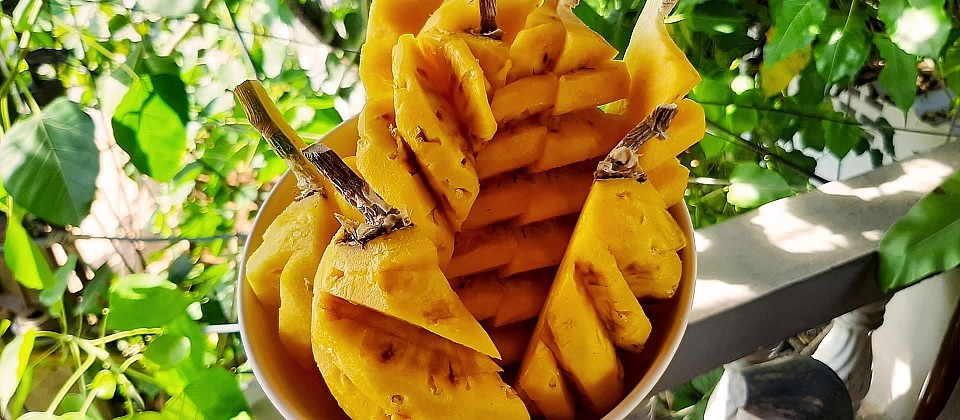 200327-ananas